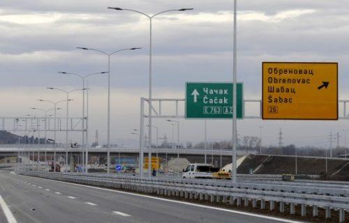 """Auto-put """"Milos Veliki"""" od Surcina do Obrenovca"""