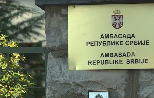 """""""Ubiću vas BOMBOM, videćete sa kim imate posla"""": Preteća poruka stigla u ambasadu Srbije"""