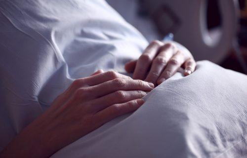 UŽAS U BANJALUCI: Lekar polno uznemiravao nepokretnog pacijenta koji je bio vezan za krevet