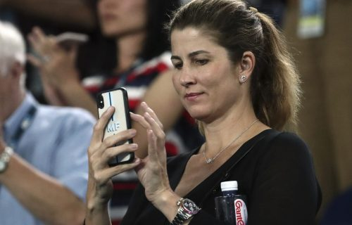 "ISPLIVALA INTIMA Velika tajna! Bez Mirke veliki Federer ne bi znao ni ""gaće da obuče""!"