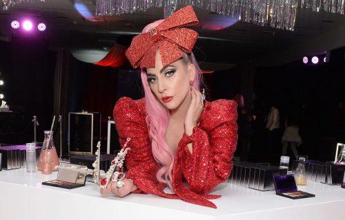 Kako se KRSTI Lejdi Gaga: Nova modna priča koja nikoga neće ostaviti RAVNODUŠNIM! (VIDEO)