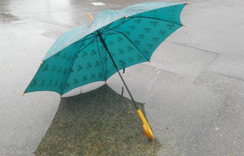 Mogu da budu SMRTONOSNI: Ovih 7 činjenica o kišobranima niste znali