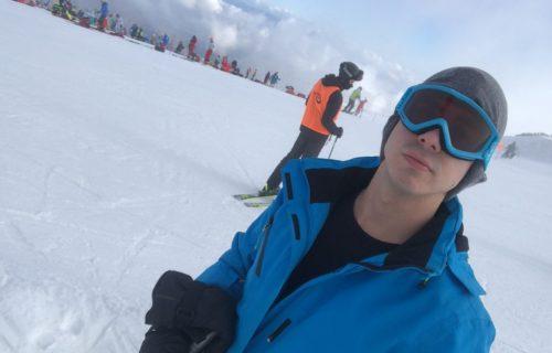 Nakon Zadruge... Filip Reljić uživa na skijanju u Sloveniji! (FOTO)