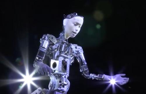 Bizarno ili zanimljivo: Kad operom diriguje robot (VIDEO)