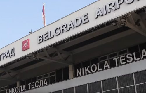 """Veliko HAPŠENJE na beogradskom aerodromu: """"Palo"""" 20 Turaka sa lažnim PCR testovima, naplaćivali žestoko"""