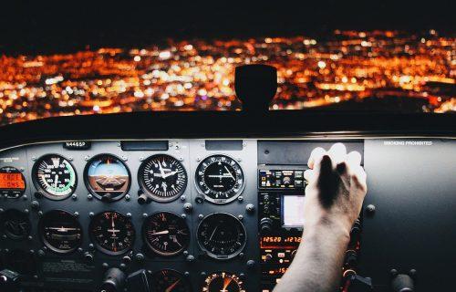 Srbin se napio, pa pravio haos u austrijskom avionu: Let za Beograd kasnio 50 minuta!
