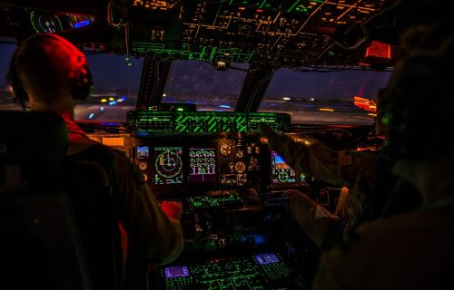 Nove ŠOK činjenice: Malezijski avion oborio pilot, nestalo 239 putnika i članova posade!