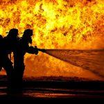 Užasan POŽAR zahvatio deponiju u opštini Blace: Vatrogasci ne mogu da obuzdaju vatrenu stihiju