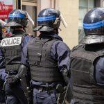 Francuska na nogama! UBIJEN policajac nakon haosa na ulicama Avinjona, oglasio se ministar (FOTO)