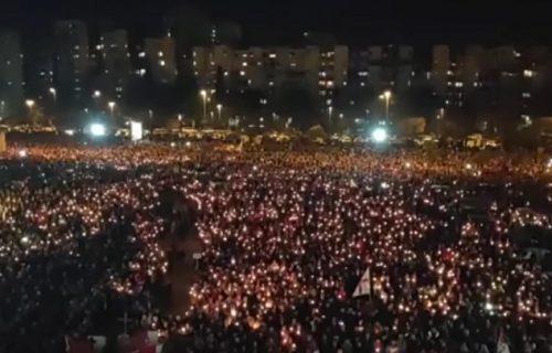 """Litije širom Crne Gore, poruka večeri: """"Narod se sabrao u skupštinu"""" (VIDEO)"""