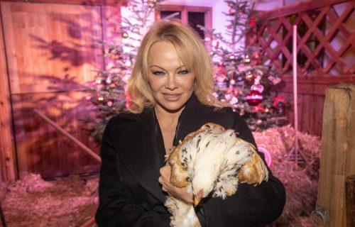 Pamela Anderson poručila: VEGANI postaju bolji LJUBAVNICI (FOTO)