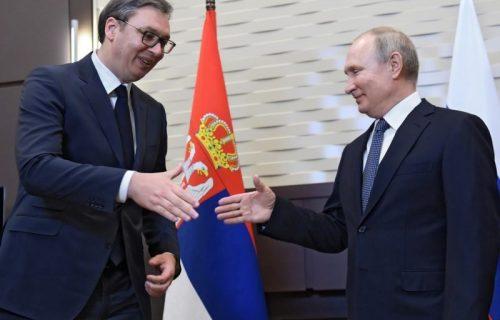 Vučić čestitao Putinu Dan Rusije: Strateško partnerstvo naših država zasnovano na poštovanju i poverenju