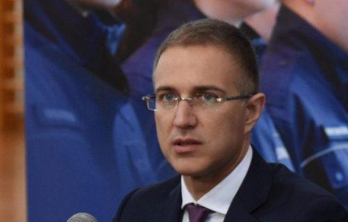 """""""Vojno zdravstvo je u službi svih GRAĐANA"""": Ministar Stefanović se zahvalio medicinskim radnicima"""