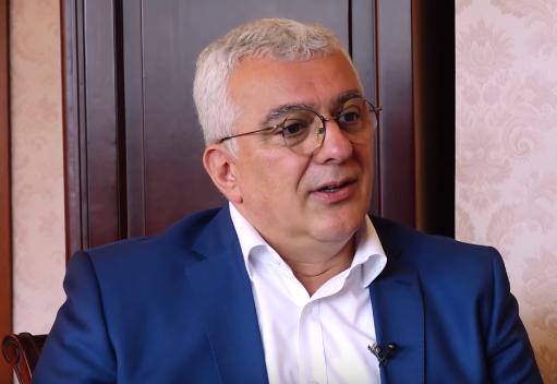 Andrija Mandić operisan na VMA i dobro se oseća - Objektiv