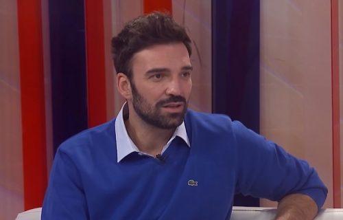 Ivan Bosiljčić doživeo ogroman peh na sceni: NOGA mi je visila na KONČIĆU!