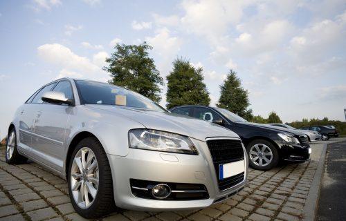 Boja značajno utiče na cenu polovnih automobila: Ova obara vrednost za ČETVRTINU