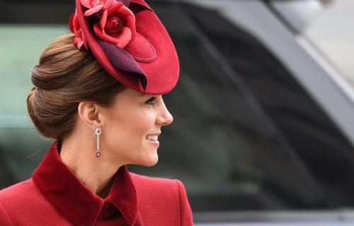 Kejt Midlton kroz suze PRIZNALA da joj je teško palo Harijevo distanciranje od kraljevske porodice! (FOTO)