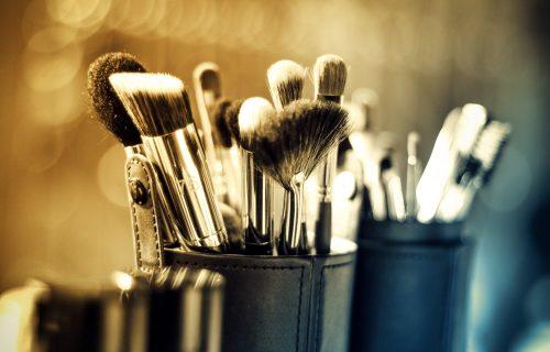 ZABORAVITE NA VLAŽNE MARAMICE I TUPFERE: Isprobajte najjeftiniji skidač šminke