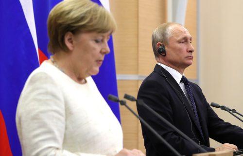 Oči sveta uprte u Moskvu: Sastaju se Angela Merkel i Putin, pored Avganistana pričaće i o ovim TEMAMA