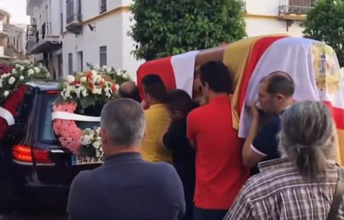 REJES - STRAŠNA TRAGEDIJA! Posle njegove pogibije majka izgubila 40 kilograma, otac izlazi samo do groblja! (VIDEO)