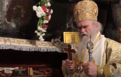 """Reči oca Gojka Perovića ODZVANJAJU Cetinjem: """"Mitropolit je dočekao da izvede svoj narod iz ROPSTVA"""""""