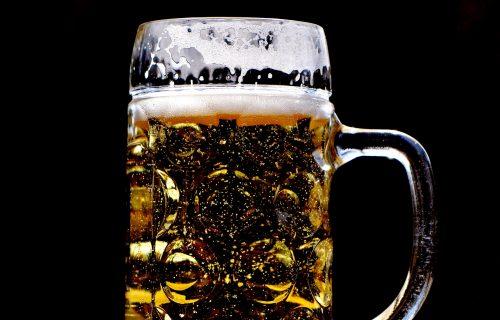 Na pomolu NESTAŠICA: Pivare ne rade, u prodavnicama cene VRTOGLAVO SKAČU