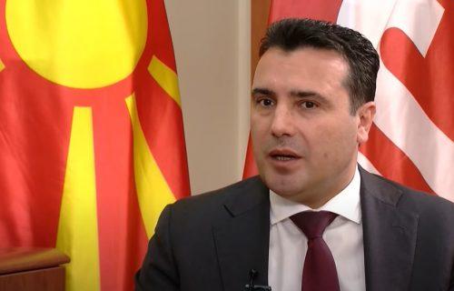 Zaev PRIZNAO: Vučić za Srbiju obezbedio vakcine i sa istoka i sa zapada