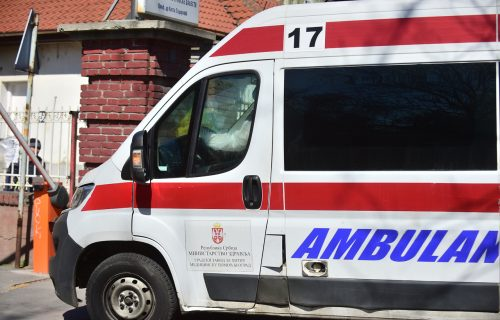 Lačani sudar tri vozila kod Trstenika: Povređeni MAJKA I DETE