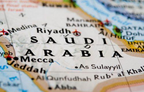 Saudijska Arabija ukida kažnjavanje bičevanjem, sada će se za javno opijanje i uznemiravanje ići u zatvor