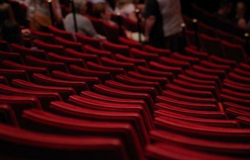 Jugoslovensko dramsko otkrilo svoju zavesu: Pozorište KONAČNO otvoreno za publiku