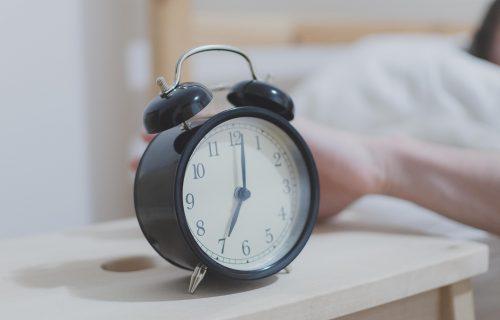 Odlažete alarm ujutru? Imamo za vas LOŠE VESTI!