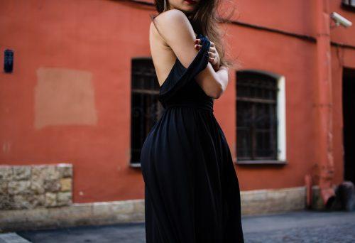 Odevanje prikladno vašoj figuri: Modni saveti koji će vam omogućiti da izgledate MNOGO MRŠAVIJE (FOTO)