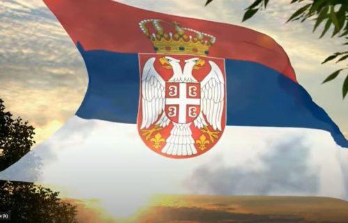 """Zašto se Srbi prezivaju na """"IĆ"""": Nekada su tri generacije u istoj kući imale različita prezimena"""