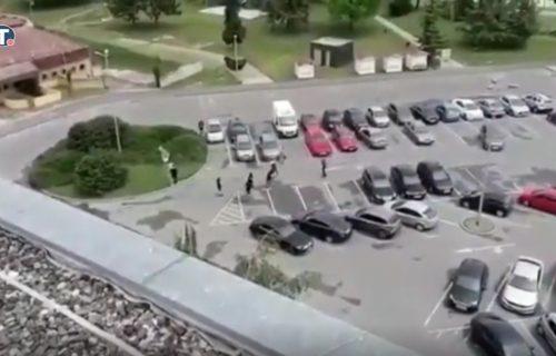 Pritrčali s leđa i mučki napali dva Srbina u Vukovaru, objavljen snimak (VIDEO)