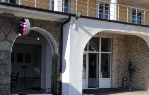 Filmska pljačka u Gračanici: Ukrali bankomat težak TONU, pobegli, a onda im se desio nezapamćen peh!
