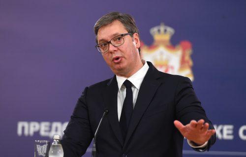 """""""Stvorili smo novo lice Srbije"""": Vučić povodom tri godine od stupanja na dužnost predsednika (VIDEO)"""