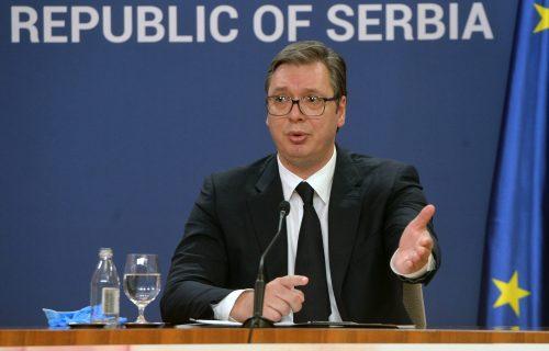 """""""Nije bitan kritičar, zasluga pripada čoveku koji je u areni"""": Vučić uputio snažnu poruku (FOTO)"""
