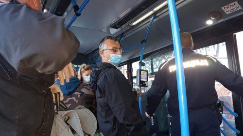 Prve kazne u gradskom prevozu zbog nenošenja maski: Sankcionisano sedam osoba, evo koliko TREBA DA PLATE