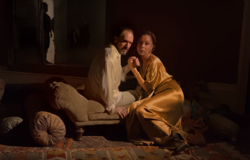 "Jedna od najboljih uloga Rejfa Fajnsa: Pogledajte predstavu ""Antonije i Kleopatra""(VIDEO)"