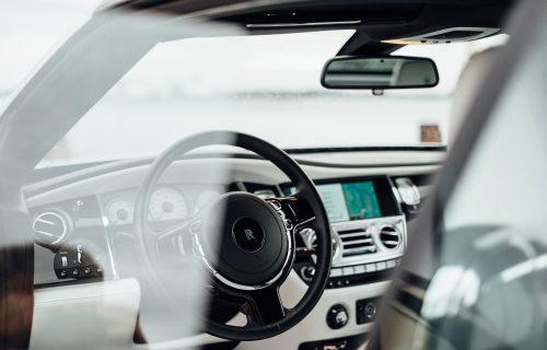 Ovaj Rolls Royce košta 35.000 evra, ali samo ultrabogati mogu da ga priušte (VIDEO)