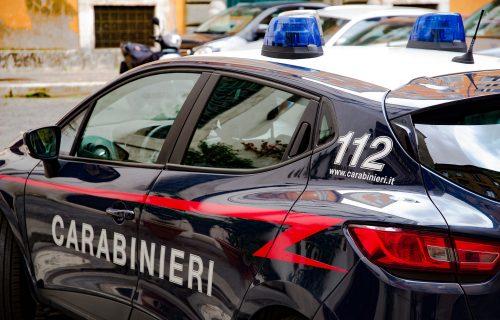 Srpska banda pravila HAOS: Bežali nakon pljačke, iz auta bacali UKRADENE dragulje, pa sleteli s puta