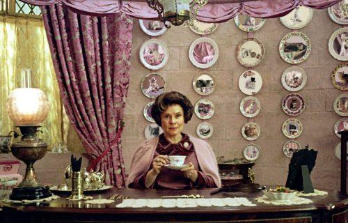 """Nova sezona """"Krune"""": Dolores Ambridž će biti Elizabeta II, ali ko će igrati princezu Margaret?"""
