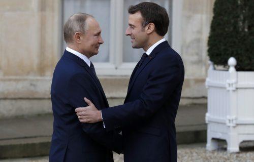 Šta se to sprema između Rusije i Francuske? Makron najavio SASTANAK sa Putinom