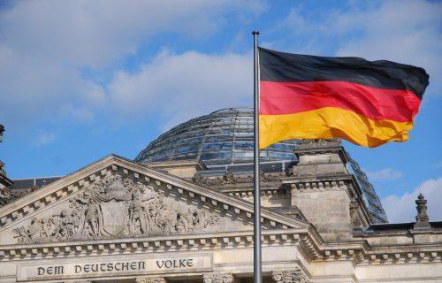 Nemačka u panici: Predsednik Štajnmajer poslat u KARANTIN, ne nadaju se negativnom testu