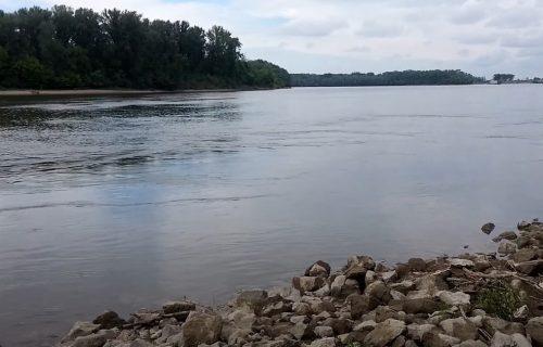 Užas u Novom Sadu: Pronađeno telo muškarca, otišao na kupanje i UTOPIO SE