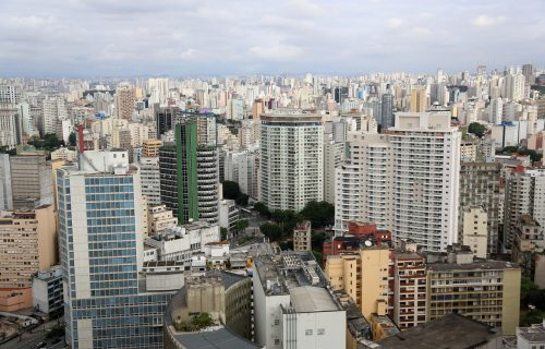 U Brazilu za JEDAN DAN preminulo 510 osoba: Novih 28.629 slučajeva korone