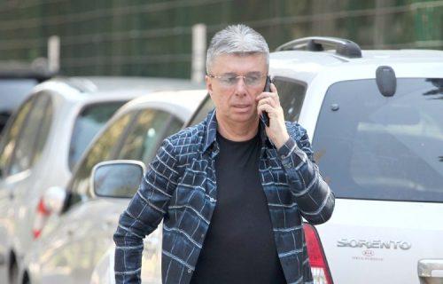 """Poznati pevač planira da TUŽI """"Grand"""": Kad tražim svoj deo, zavlače me, DUGUJU mi više od 500.000 evra"""