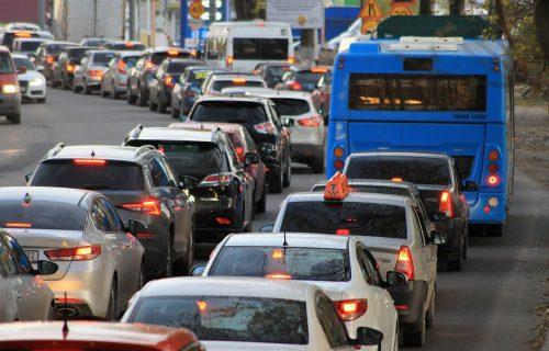 AMSS izdao VAŽNO UPOZORENJE za sve vozače! Večeras budite pažljivi