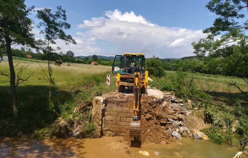 Zbog poplava ostećeni i mostovi, četiri treba iznova sagraditi
