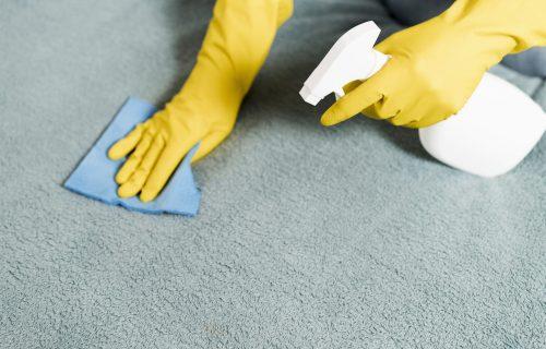 Antibakterijski gel nije samo za ruke: FLEKE na tkanini kao rukom odnesene! (FOTO)